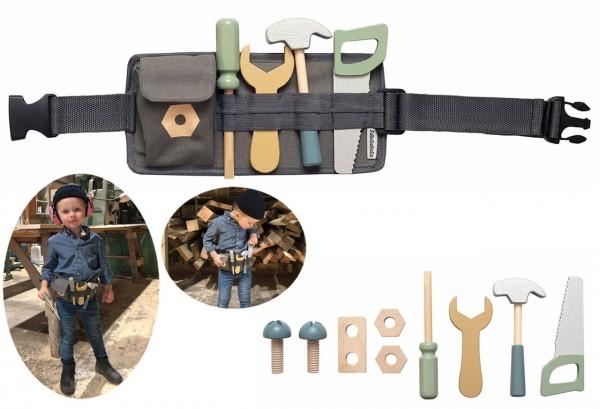Werkzeuggürtel mit Zubehör aus Holz