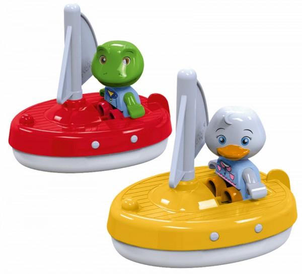 2 Segelboote mit Figuren für Wasserbahn