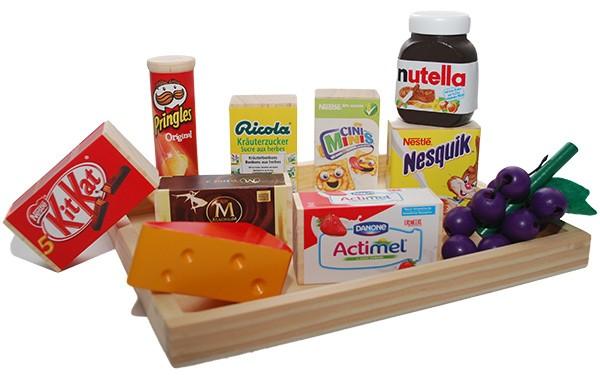 Tablett mit 11 Spiellebensmittel aus Holz